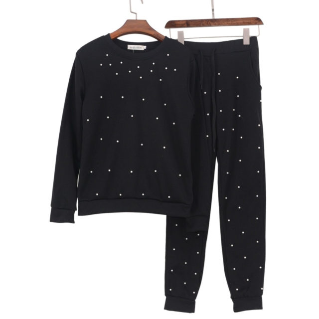 Stylish Pearls Decorated Warm Cotton Women's Tracksuit